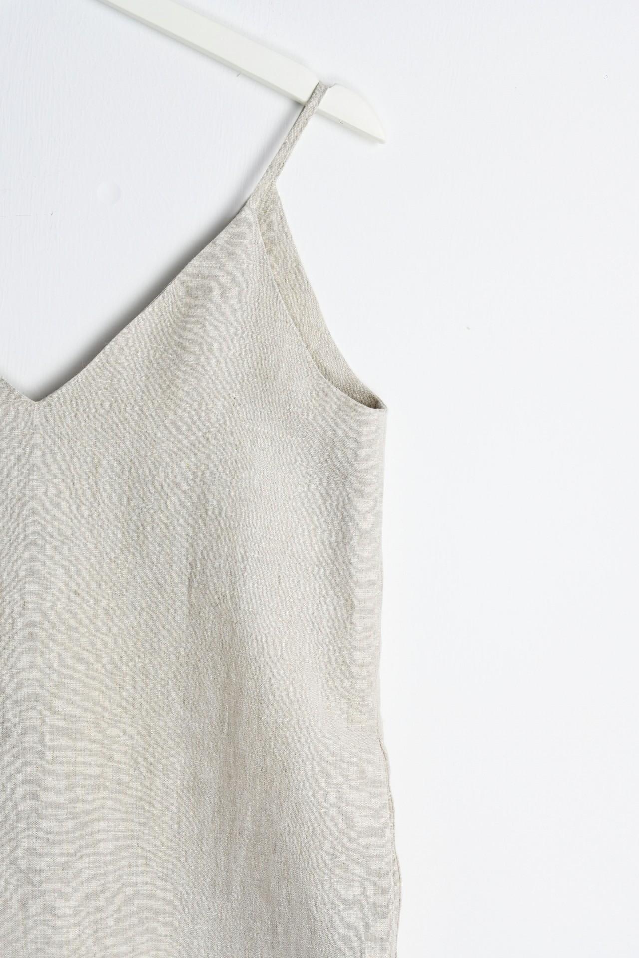 Trägerkleid natur - Detailansicht